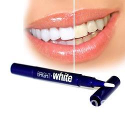 Bright White 500 руб. - карандаш для отбеливания зубов